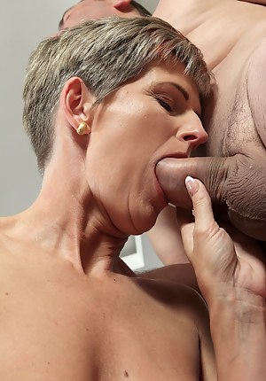 Free Mature Blowjob Porn Pictures